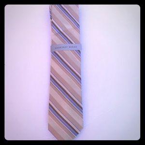 NWT Geoffrey Beene tie